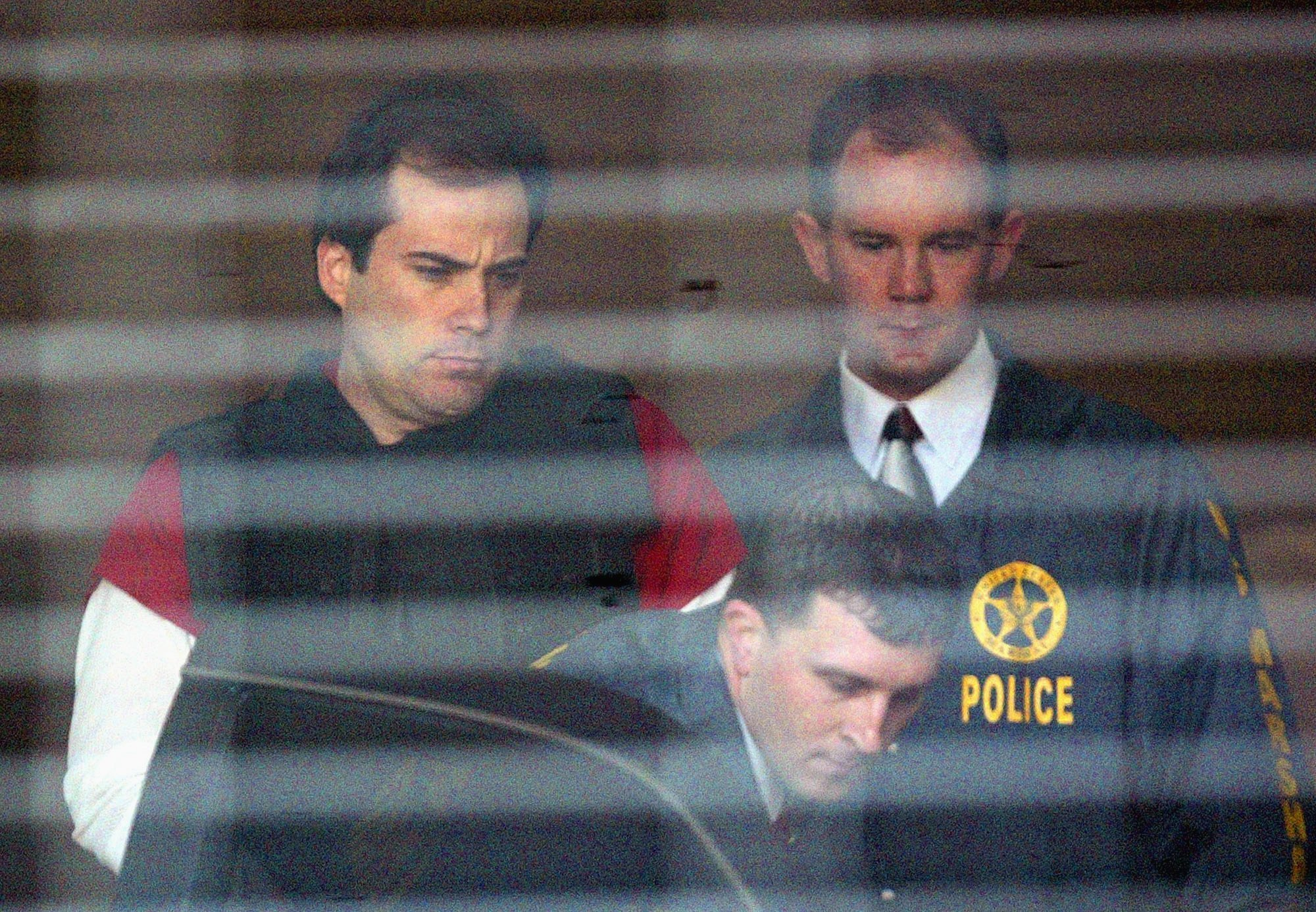 Eric Robert Rudolph fighting convictions in Olympic, clinic bombings