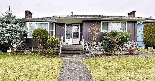Vancouver real estate: East Side home gets 21 offers, sells $600,000 over asking price for $2.3 million