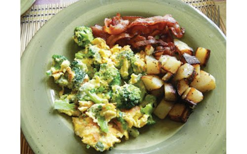 Guam Kitchen: Broccoli and cheese scramble omelet