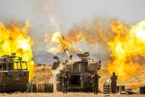 Israel steps up Gaza offensive, kills senior Hamas figures