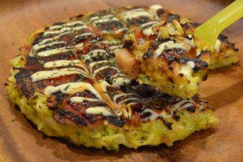 Japanese Kitchen: whipping up Osaka's famous Okonomiyaki!