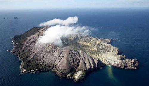 Whakaari/White Island alert level raised to 2