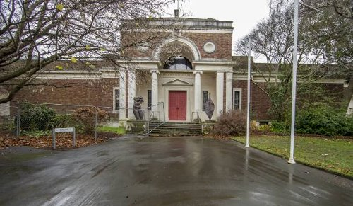 Work to protect Christchurch art gallery from earthquakes 'too costly and not needed'