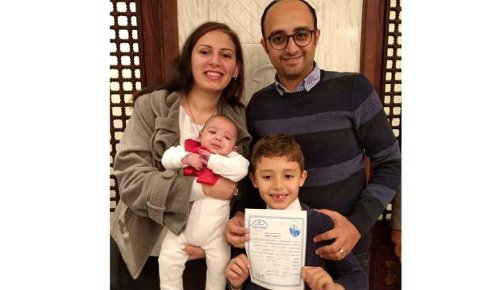 Migrant worker ponders move to Australia to reunite family
