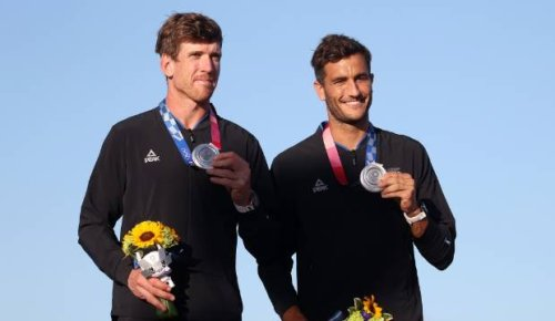 Tokyo Olympics: Peter Burling and Blair Tuke have to settle for silver medal