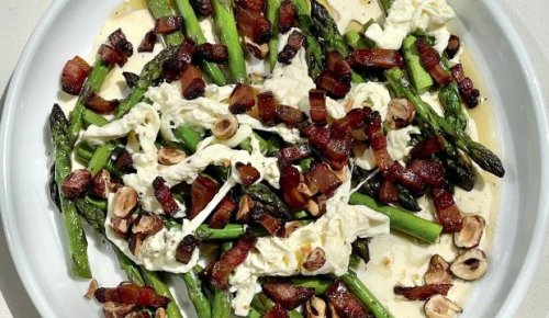Recipe: Sam Mannering's asparagus with stracciatella and bacon
