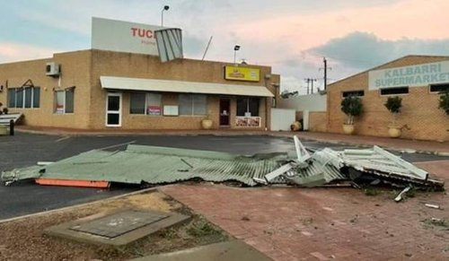 'Not much is left': Cyclone rips through Australian tourist town