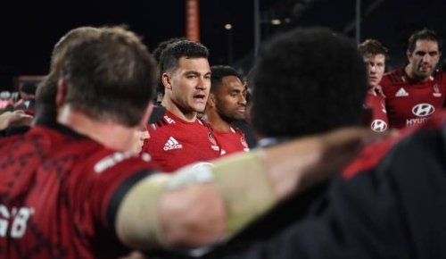 Super Rugby: Crusaders 'frustrated' by scrum resets after stop-start affair