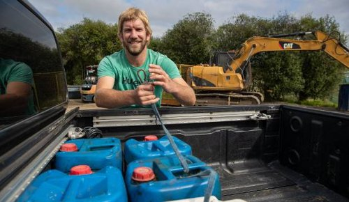 One Stop Shop gives farmers chance to clear out their chemicals, waste oil and plastic bags