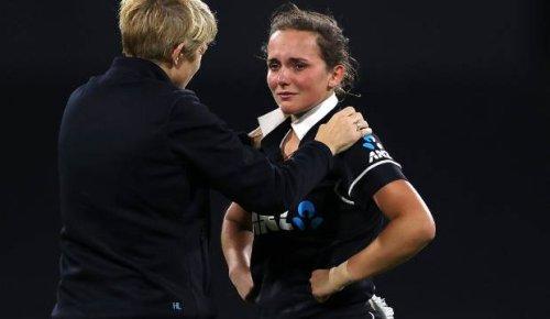White Ferns: Amelia Kerr withdraws from England tour to focus on mental health