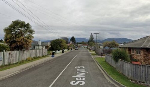 Two people injured, one seriously, following Motueka house fire