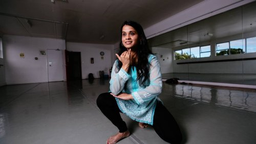 Covid-19: Migrants affected by pandemic share experiences through Indian dance