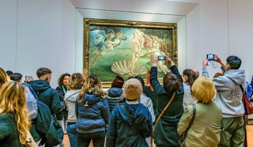 'A magical mystery tour': Italian gallery's simple way to tackle too many tourists