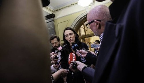 Thawing freeze: Jacinda Ardern says Government is open to introducing step-based pay for more public servants