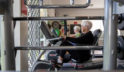 Auckland centenarian still pumping iron in the gym every week