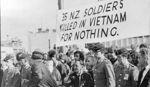 1971: 'Fight US Imperialism'