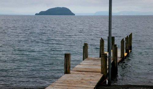 Lake Taupō sits on a massive pocket of 'magma mush', scientists say