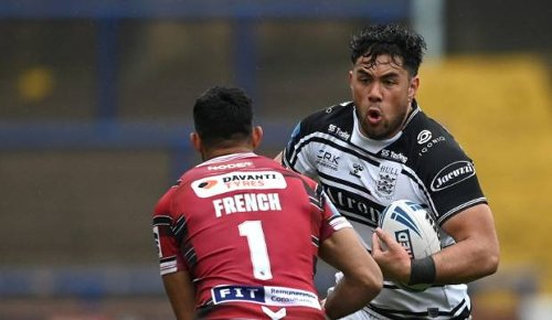 Super League coach hits out at 'lenient' ban after NZ-born player racially abused
