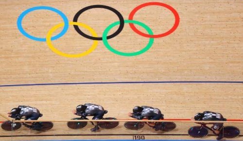 Olympics live: Kiwi sprint cyclists hit the track, women's pursuit team's medal hopes dashed