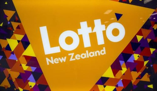 No winner as Lotto top prize rolls over to $18 million