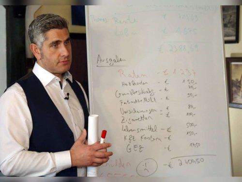 Neuauflage der erfolgreichen Doku: Raus aus den Schulden: Stilianos Brusenbach folgt auf Peter Zwegat