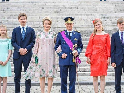 Kronprinzessin strahlt in Brüssel: Elisabeth von Belgien tauscht ihre Uniform gegen ein Traumkleid