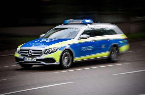 Angriff am Sportpark Feuerbach: Jugendliche prügeln auf 22-Jährigen ein – schwere Verletzungen