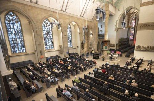 Stiftskirche in Stuttgart: Hospiz bedankt sich mit Gottesdienst bei ehrenamtlichen Helfern