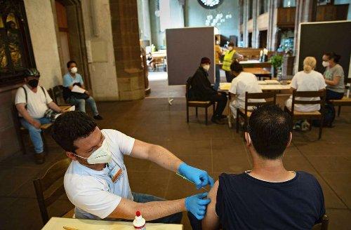 Coronavirus in Stuttgart: Gäste der Vesperkirche lassen sich impfen
