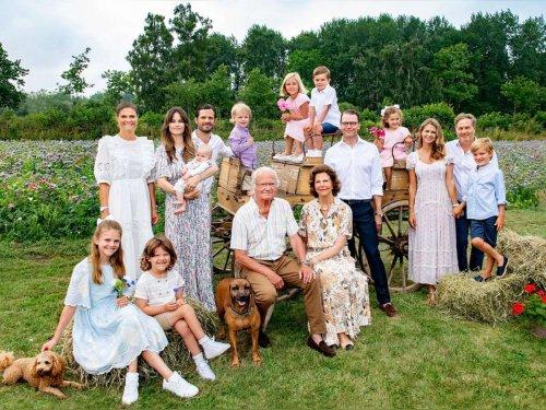 Genießen gemeinsame Zeit: Schwedische Royals grüßen aus dem Sommerurlaub