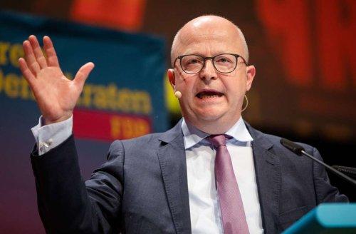 Landesparteitag der FDP in Stuttgart: FDP-Chef stichelt gegen Annalena Baerbock