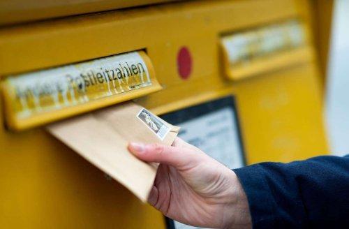 Briefkasten in S-Birkach: Beschwerde wegen Überfüllung