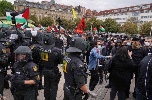 Demonstration in Stuttgart: Tumultartige Szenen bei propalästinensischer Kundgebung