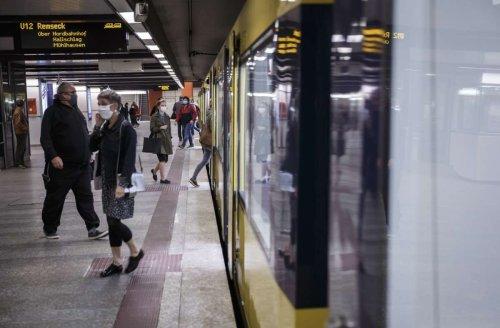Nahverkehr in Stuttgart: Das sagen Fahrgäste zur Maskenpflicht in Bus und Bahn