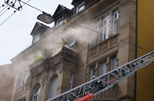 Drei Verletzte in Stuttgart-West: Zwei Brände halten Feuerwehr und Rettungskräfte in Atem