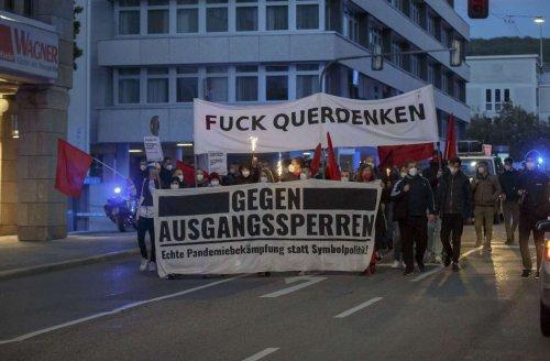 Protestzug zum Stuttgarter Feuersee: Friedliche Demo gegen die Coronamaßnahmen