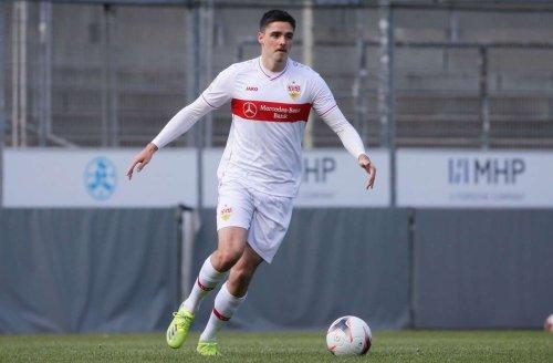 Fußball-Regionalliga: VfB Stuttgart II gibt in Kassel den Sieg aus der Hand