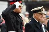 Prinz Harry: Fliegt er schon kurz nach Philips Beerdigung zurück?