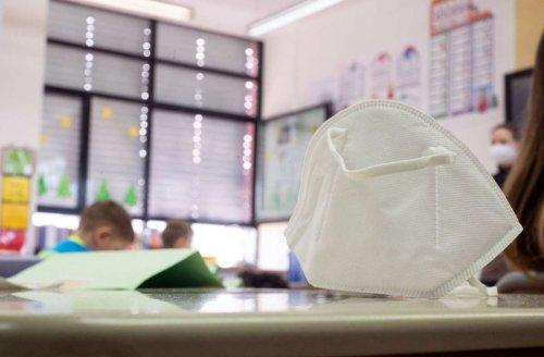 Coronavirus in Baden-Württemberg: Am Montag fällt die Maskenpflicht auf der Schulbank
