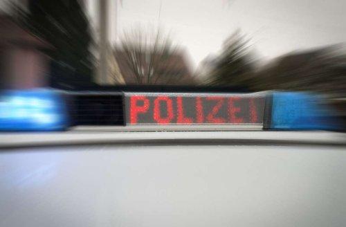 Verfolgung in Stuttgart-Fasanenhof: Unbekannter baut Unfall mit gestohlenem Auto