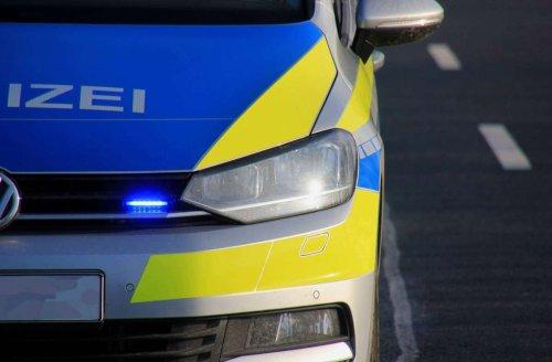 In Esslingen: Mit illegaler Waffe vor Polizei geflohen