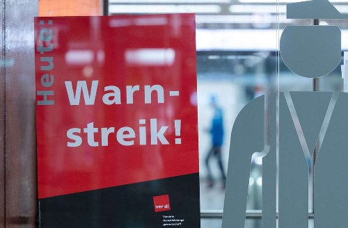 Auch in Reutlingen: Warnstreik von Busfahrern bringt mancherorts Verkehr zum Erliegen