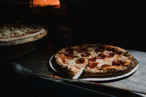 Pizza essen in Stuttgart: Hier gibt es Pizza nach neapolitanischer Art