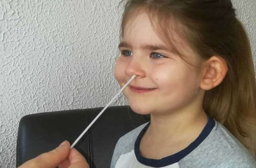 Pandemiebekämpfung in Eigenregie: Drei Tests pro Woche für Kita-Kinder