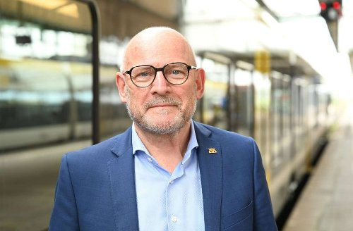 "Winfried Hermann: Grüner Verkehrsminister: ""Menschen bei Klimaschutz nicht abschrecken"""