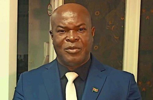 Surinams Ronnie Brunswijk: Vizepräsident stellt Rekord auf dem Fußballplatz auf
