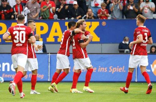 Fußball-Bundesliga: 3:0! SC Freiburg feiert Abschiedsparty im Dreisamstadion