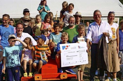 Nürtinger Grundschüler in Aktion: Kinder-Rechte kreativ inszeniert