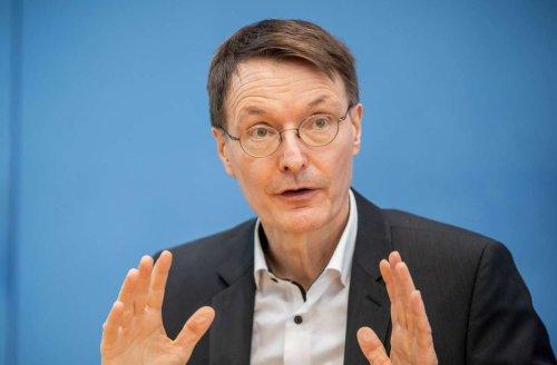 Vorfall in Köln: Farbanschlag auf Auto von Karl Lauterbach