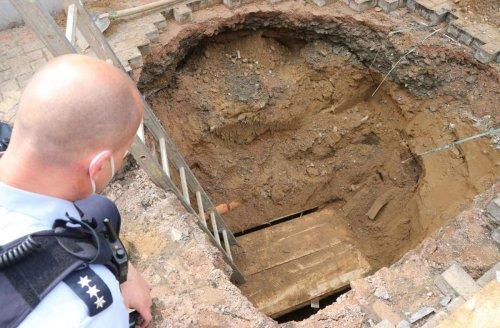 Spenge in Nordrhein-Westfalen: Bauarbeiter entdecken Einbrecher-Tunnel zu einer Bank